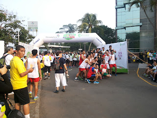 balon gate start finis acara run fun