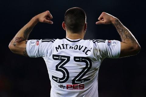 """Mitrovic từ Newcastle sang Fulham theo dạng cho mượn là """"phiên bản bóng đá của Nhiệm vụ bất khả thi"""""""