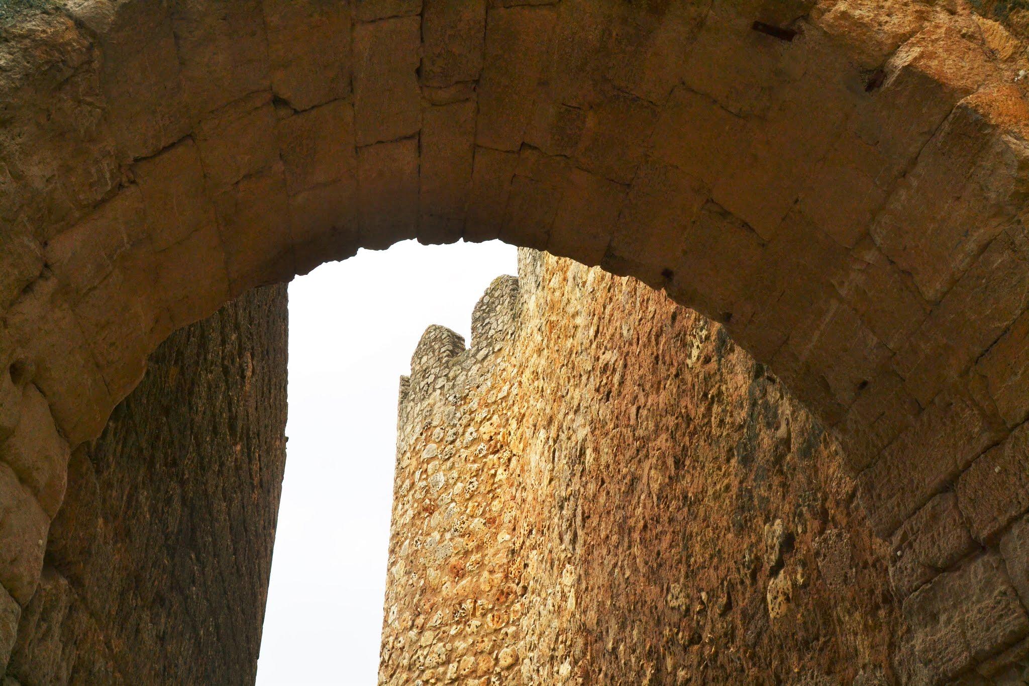 URUEÑA_VILLA_LIBRO_24_puerta-AZOGUE