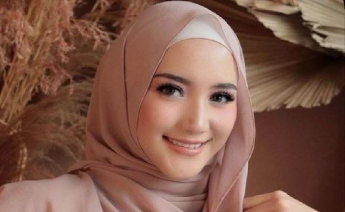 5 Tutorial Hijab Pashmina Simple dan Kekinian
