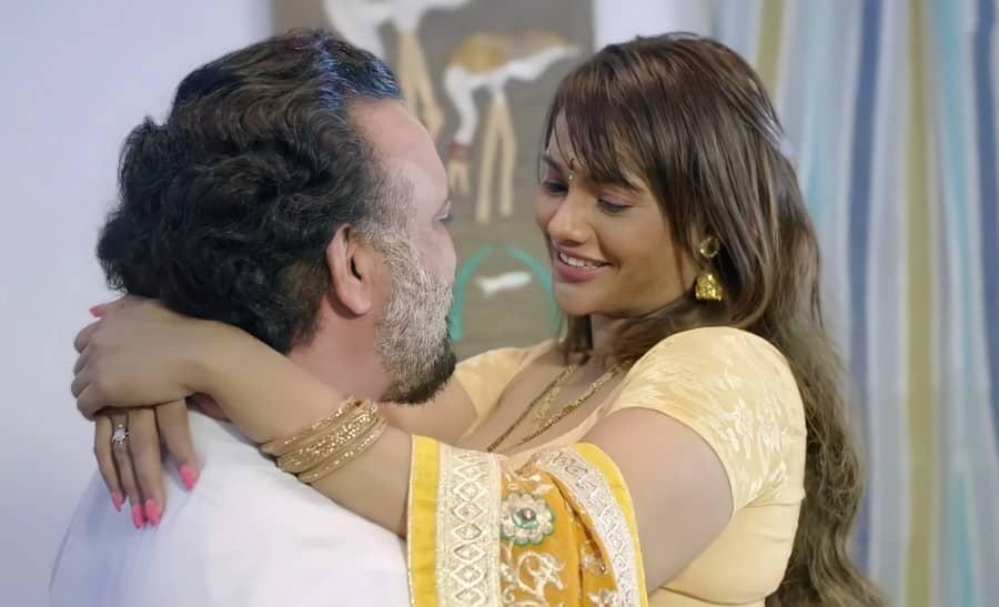 Charmsukh Jane Anjane Mein 4 ( Part 1 ) Ullu Web Series Full Episodes Download