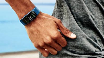 Samsung Gear Fit2, Jam Tangan Pintar Yang Bisa Memonitor 15 aktivitas Olahraga