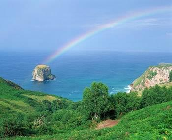 Rainbow in asturias, rainbow in spain, Barcelona City, Images, Most visit places, barcelona city pictures, Barcelona City Sapin, Visit Barcelona City in Spain, Spain Tour, most popular places in spain, life in barcelona city spain, mountains in spain, living barcelona city spain,
