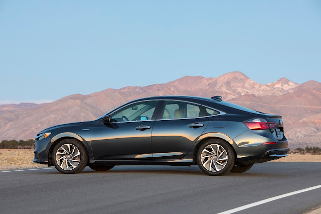 Side view of 2019 Honda Insight