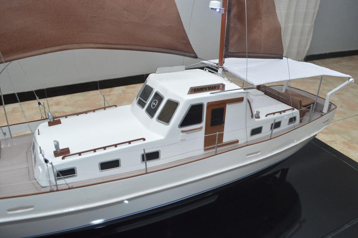 foto gambar miniatur kapal km raden mas terbaru bandung yacht rumpun art work planet kapal
