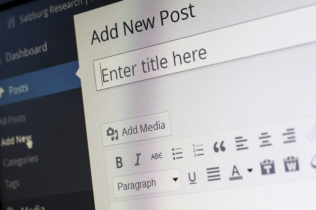 Perbedaan antara Blogger dan Wordpress