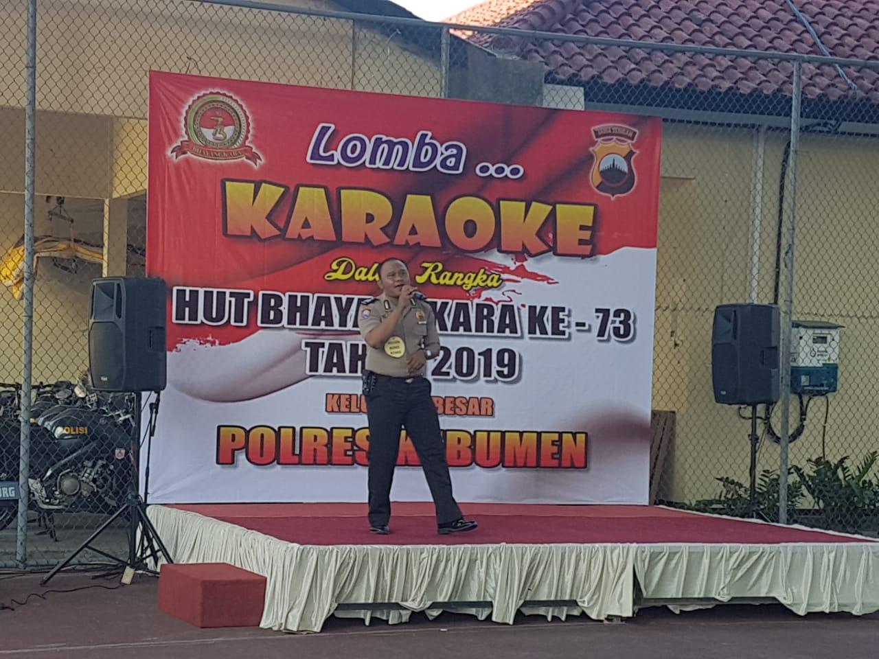 Polsek Bonorowo Juara Umum Lomba Karaoke HUT Bhayangkara