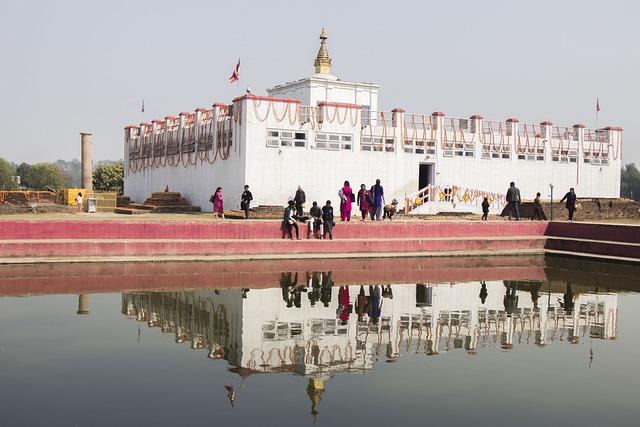 lumbini lake buddha