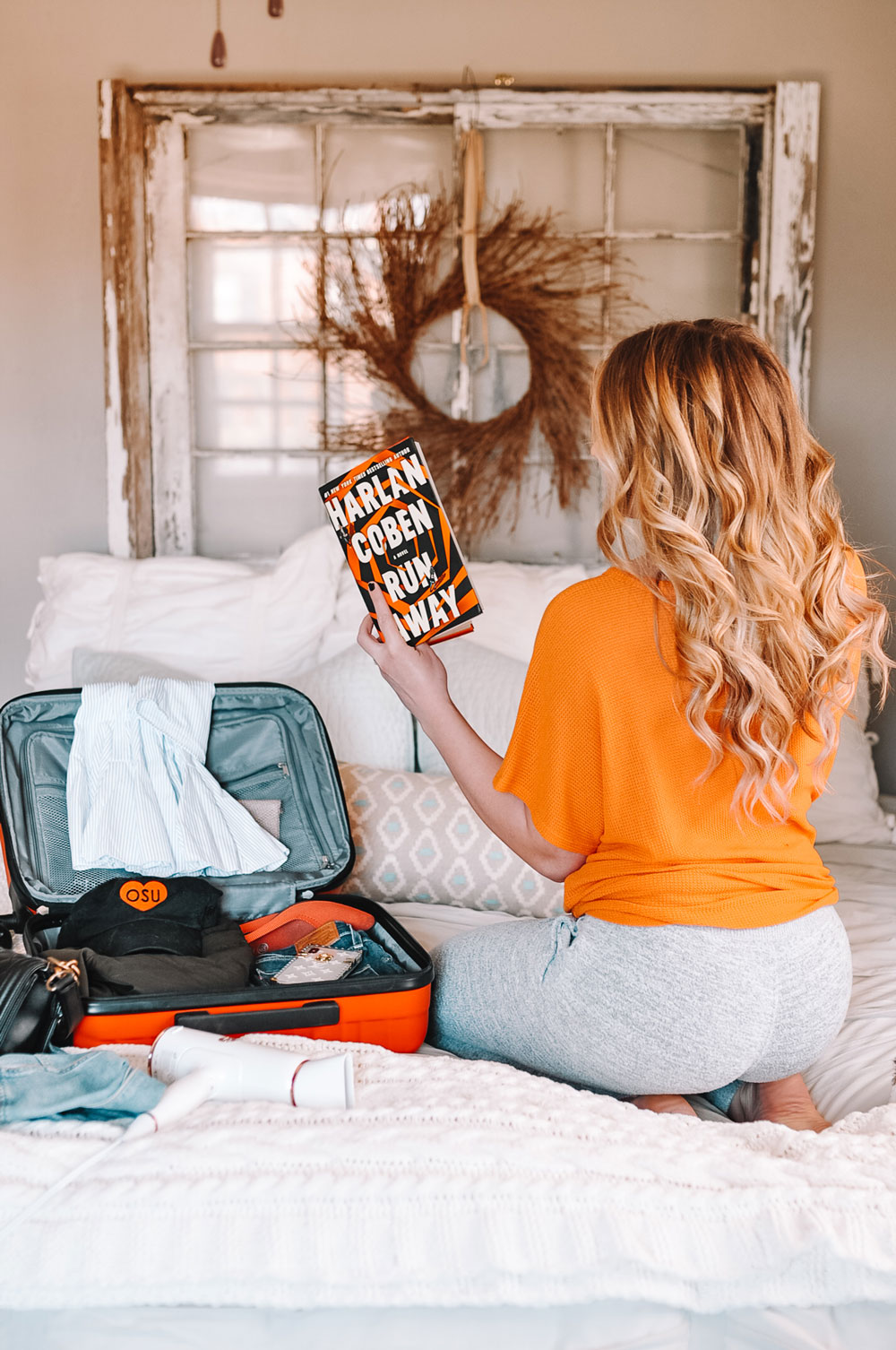 blogger Amanda Marti shares what to pack in a carryon for an overnight flight