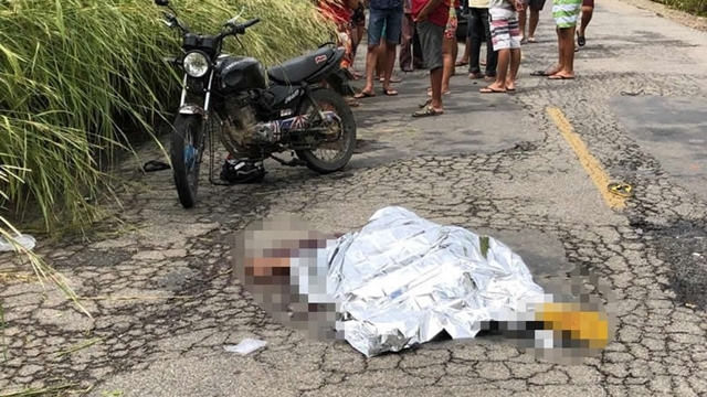Jovem morre em grave acidente envolvendo moto e caminhão na PB-400,no alto sertão da PB