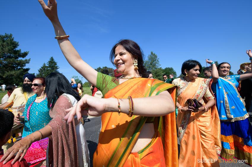 Indian Wedding Baraat Horse Barat Photography Eagle Crest Marriott SudeepStudio.com Ann Arbor South Asian Indian Wedding Photographer