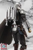 S.H. Figuarts The Mandalorian (Beskar Armor) 60