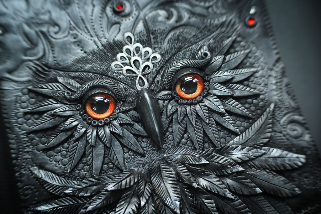 16-Owl-detail-Aniko-Kolesnikova-Polymer-Clay-Book-Diary-and-Electronics-Cover-www-designstack-co