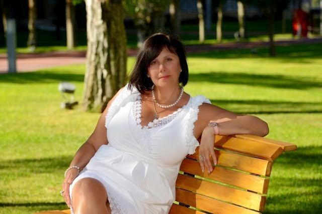 Busty Russian Women: Larisa D