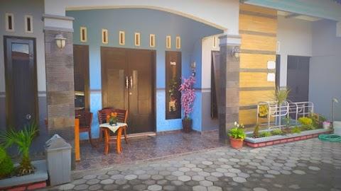Homestay Model 1 Rumah Private | 3 Kamar Tidur