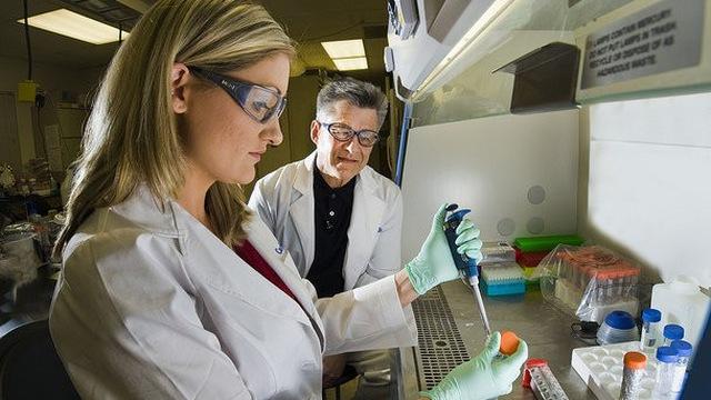 Nhà khoa học – một nghề rất phù hợp với người hướng nội