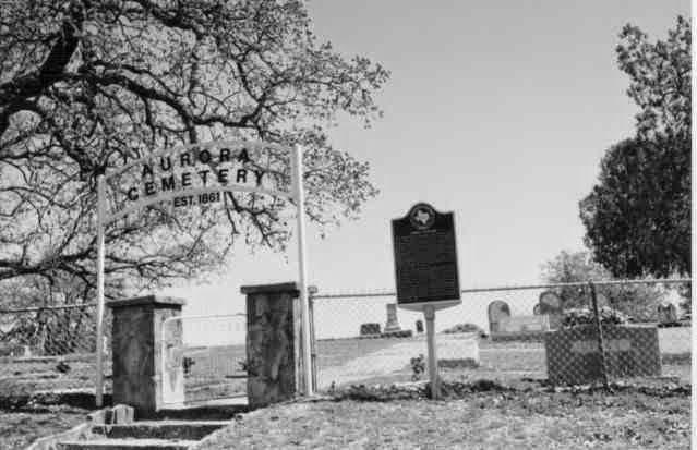 Entrada Cementerio Aurora