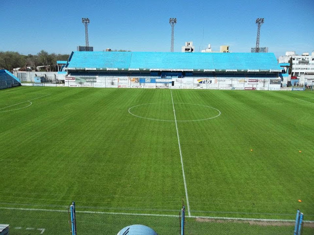 Estudiantes recibirá a Racing de Córdoba