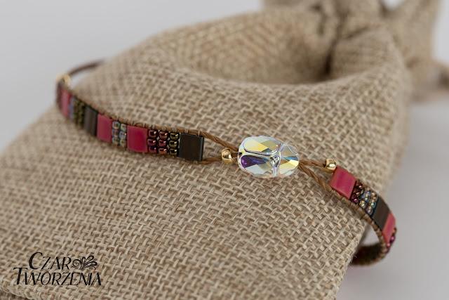 Bransoletka z regulowana długością sznurki makrama kryształ