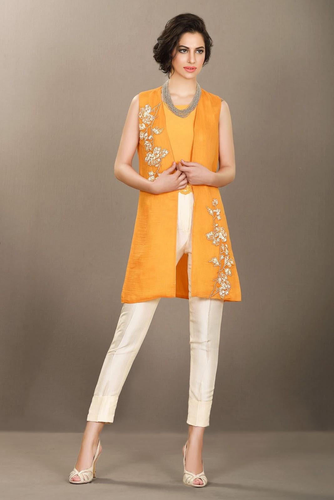 """Résultat de recherche d'images pour """"البرتقال يتحول إلى ملابس في صقلية"""""""