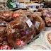 Πασχαλινά Έθιμα: Τι Συμβολίζουν Οι Λαμπάδες Και Το Τσουρέκι