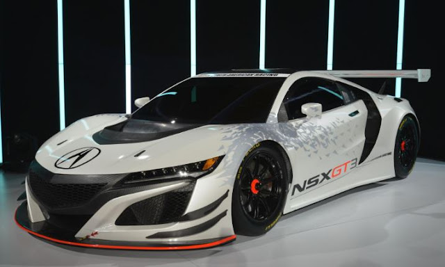 2017 Acura NSX GT3 Reviews