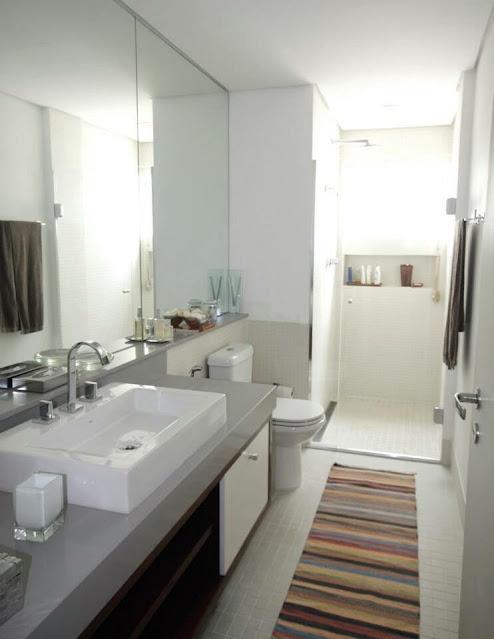banheiro-decorada-tapete-listrado