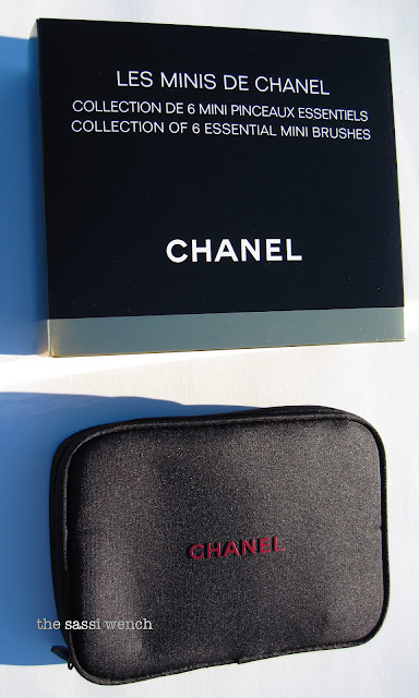 eedb2d820b0 Chanel Makeup Brush Gift Set