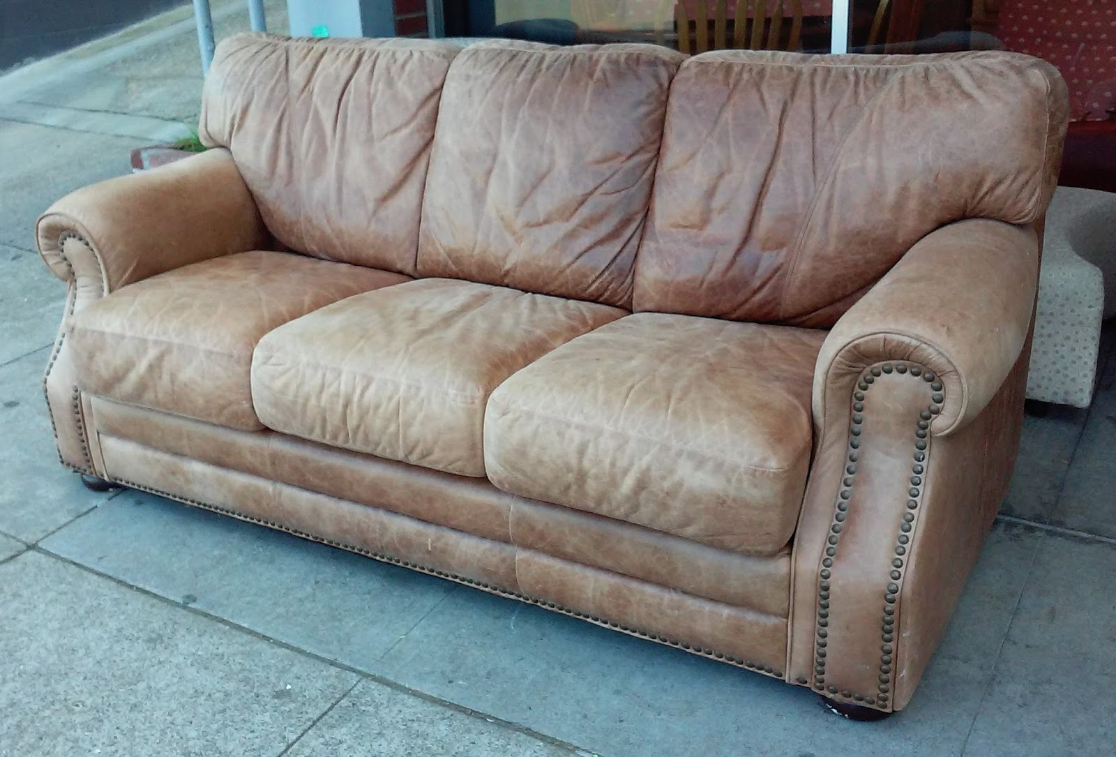 FURNITURE & COLLECTIBLES: SOLD