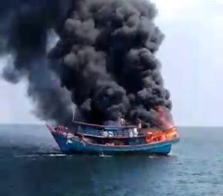 Kapal Nelayan Terbakar di Perairan Tanjung Api, 13 ABK Selamat