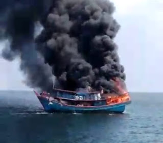 Kapal Nelayan Terbakar