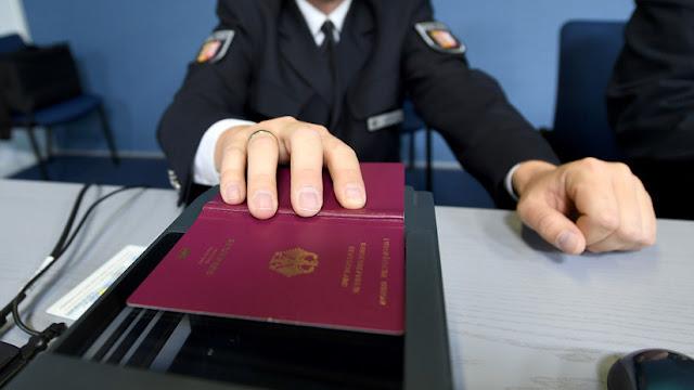 La UE insta a endurecer el control sobre los 'pasaportes dorados' para inversores