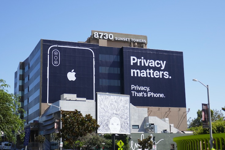 Giant Privacy matters iPhone Apple billboard