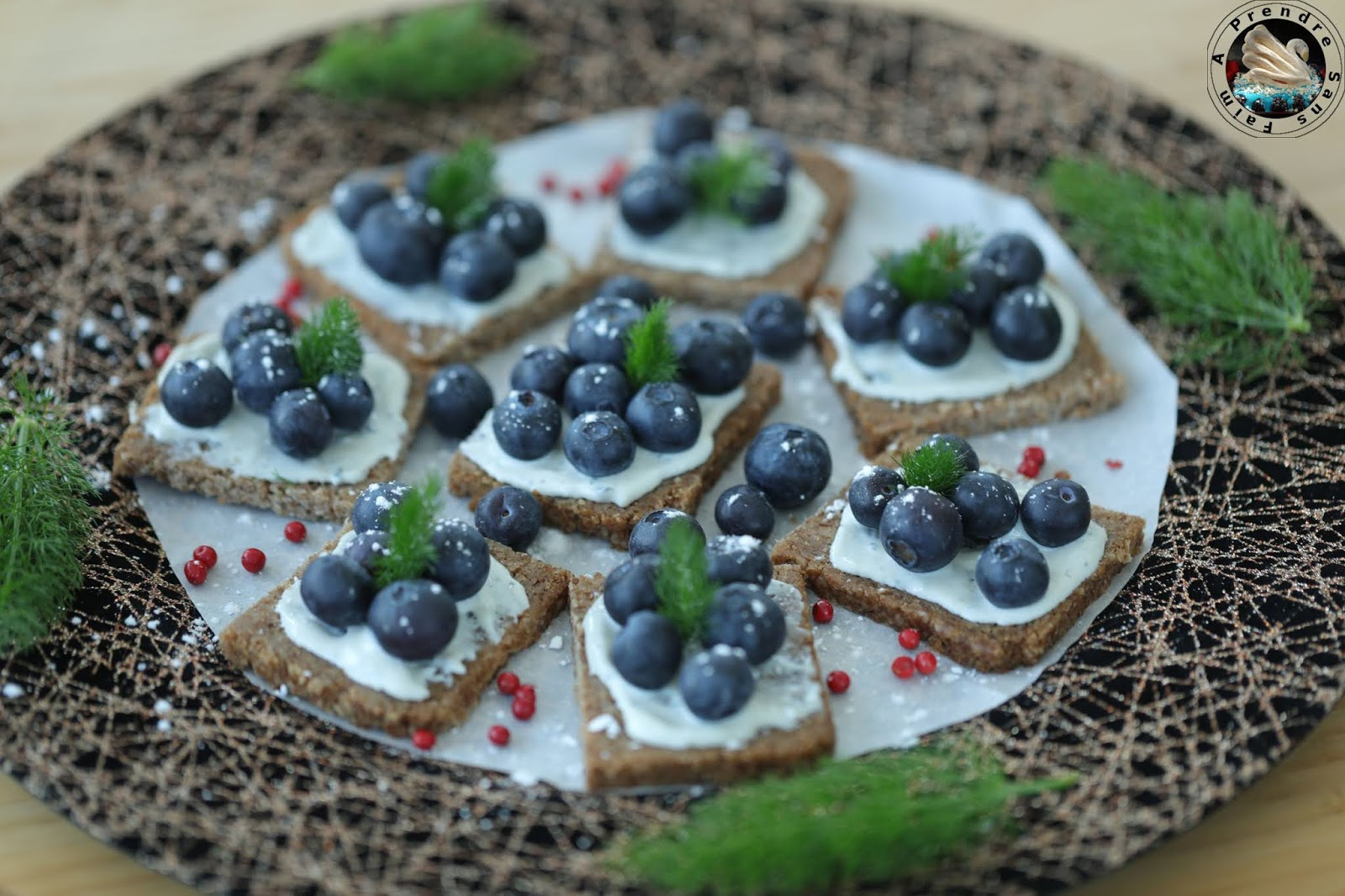Toasts de seigle à la crème de Saint Agur