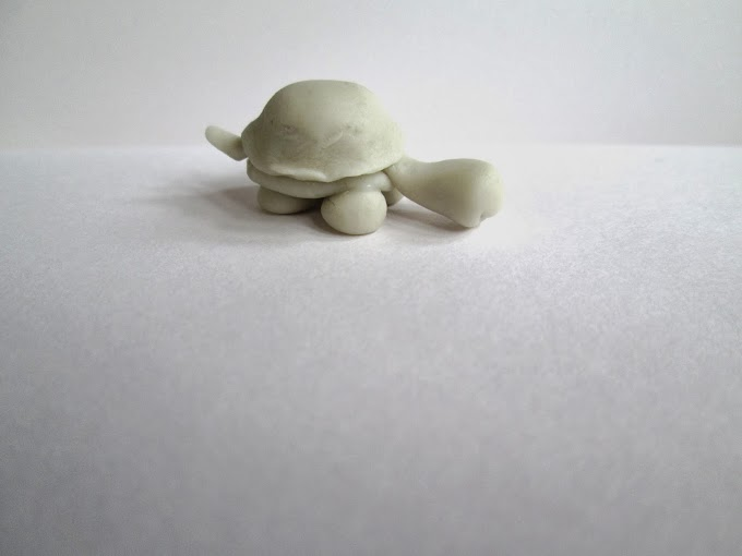 Miniature Tortoise in Cold Porcelain