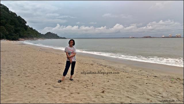 Tepi Laut Teluk Batik