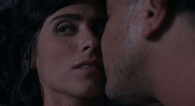 'Rot': body horror de Andrew Merrill protagonizado por Kris Alexandrea [Tráiler]