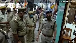 #JaunpurLive : पुलिस ने पैदल नगर भ्रमण कर कोविड गाइडलाइन के लिए किया जागरूक