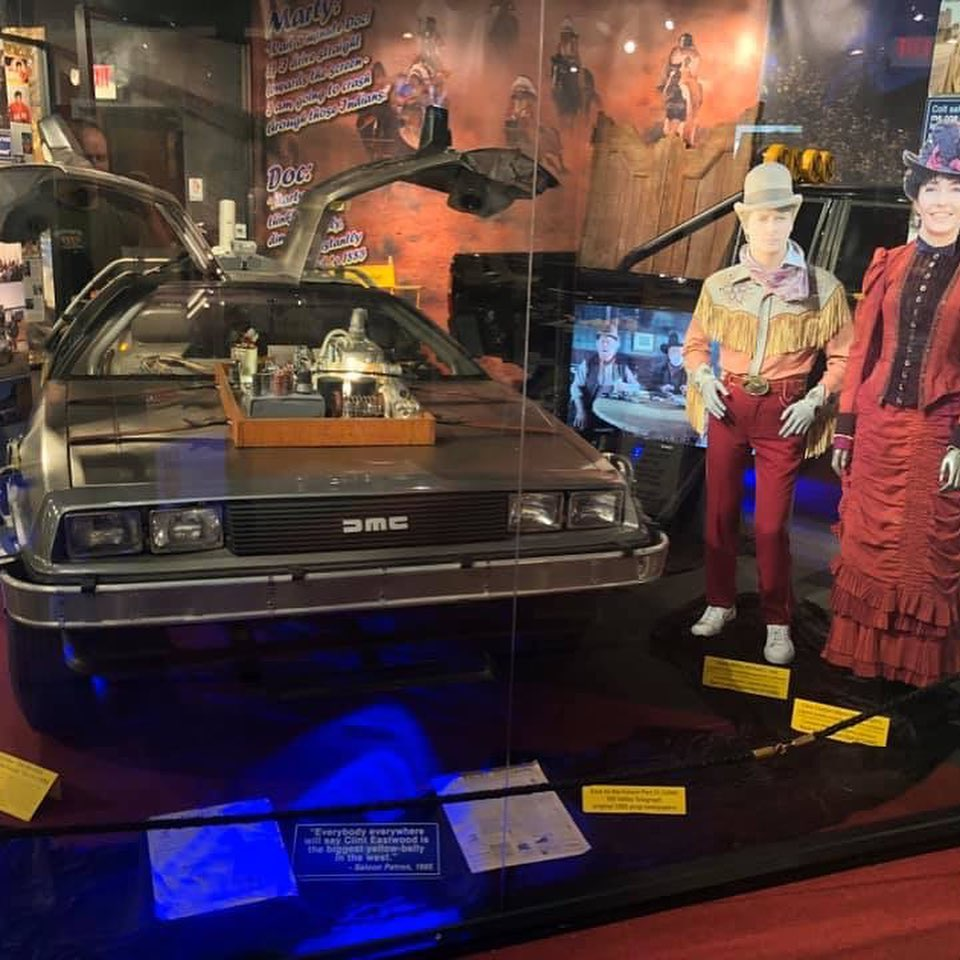 Mobil back to the future the holywood museum los angeles