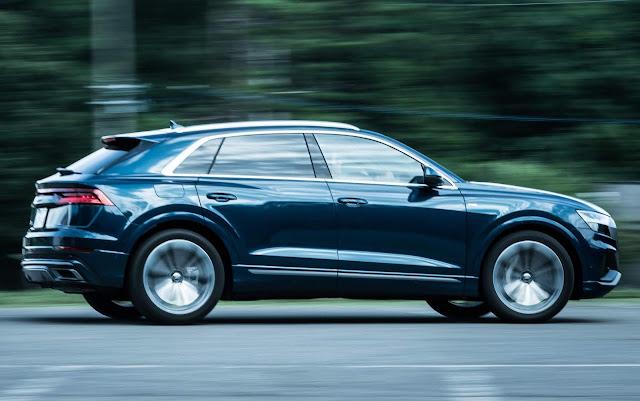 Audi Q8 na Terra do Sol Nascente