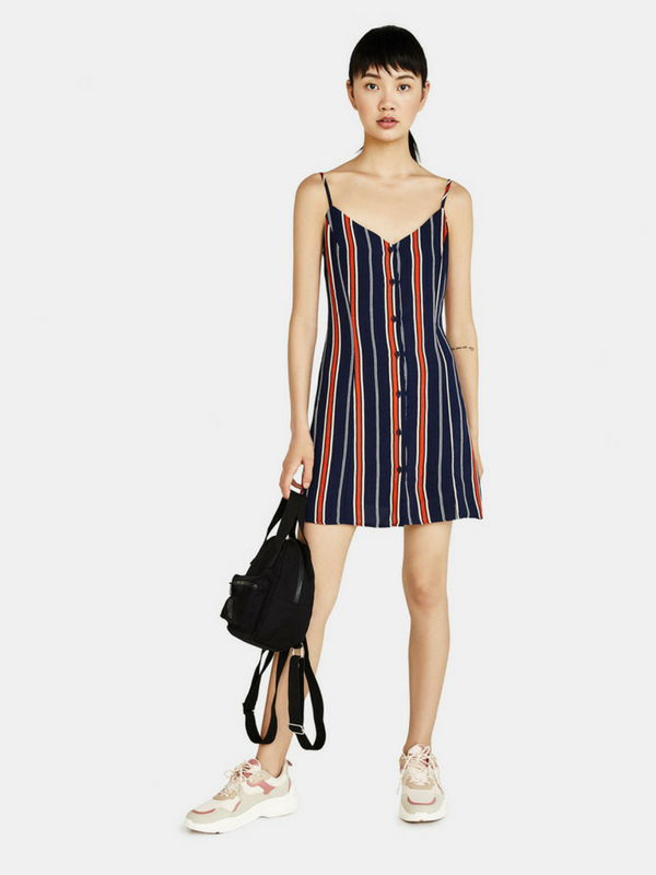 Fashion Trends: Η επιστροφή του Retro - Η Bershka ξεκινά τη νέα σεζόν με urban πινελιές, ρετρό αισθητική και αέρα 90's   Ioanna's Notebook