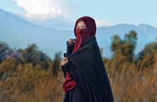 pakaian wanita muslimah