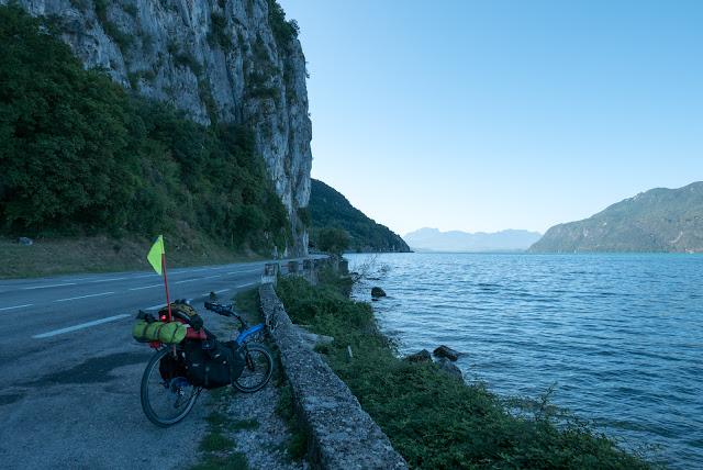 Voyage à vélo de la Bourgogne à la Provence, lac du Bourget