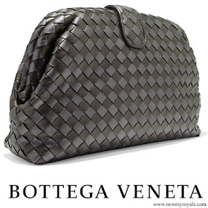Queen Maxima BOTTEGA VENETA Lauren 1980 metallic intrecciato leather clutch