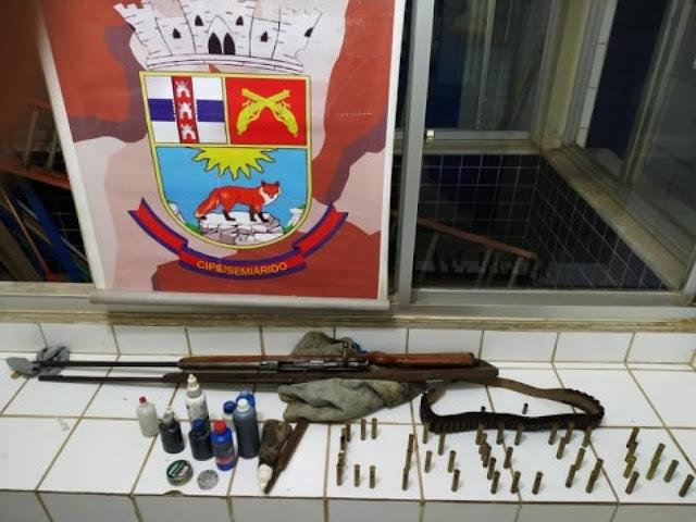 Armas de fogo são apreendidas pela polícia em Xique-Xique-BA.