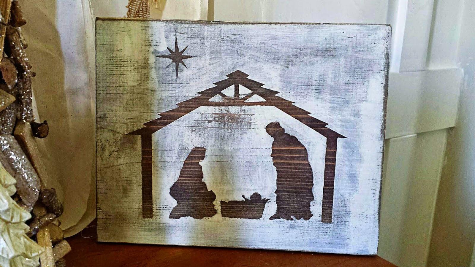 Carissa Miss: Simple Wood Nativity