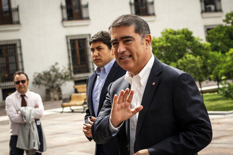 La pelea vía Twitter entre Mario Desbordes y Gonzalo de la Carrera