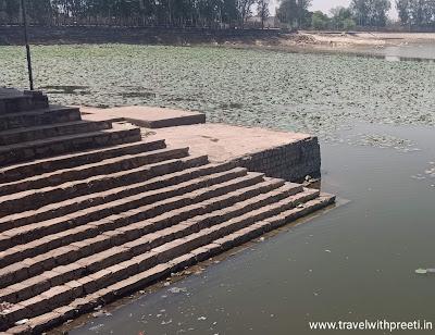 खजुराहो  की  शिवसागर झील - Shivasagar Lake of Khajuraho