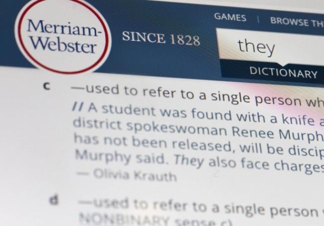 """L'un des plus anciens dictionnaires des Etats-Unis intègre le terme de """"racisme systémique"""""""