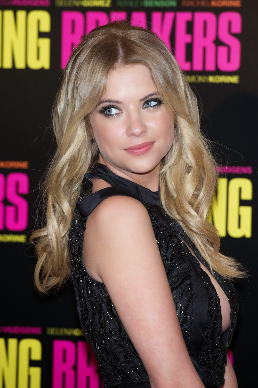 Ashley Benson photo